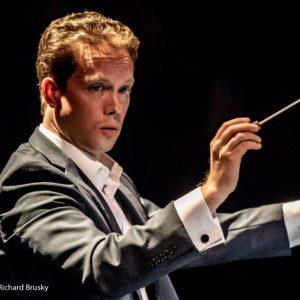 Joshua Horsch, conducting